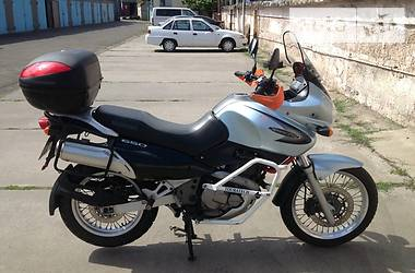 Suzuki Freewind  2003