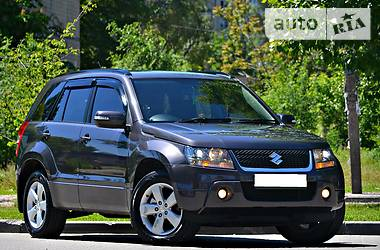 Suzuki Grand Vitara Restyling 2.4 2011