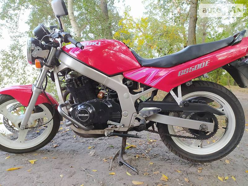 Мотоцикл Без обтекателей (Naked bike) Suzuki GS 500F