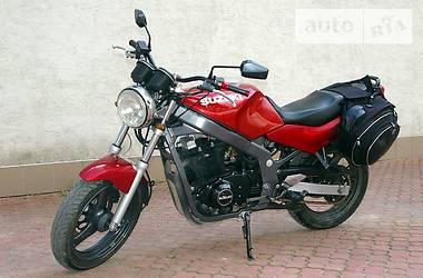 Suzuki GS  1996