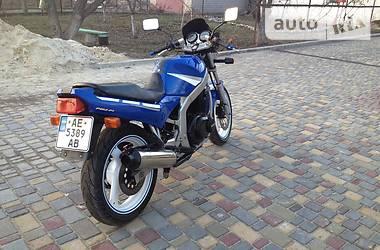 Suzuki GS  1992