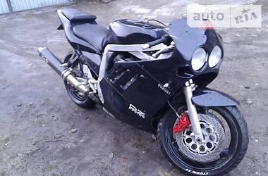 Suzuki GSX-R  1989
