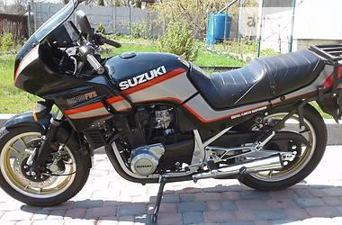 Suzuki GSX  1990