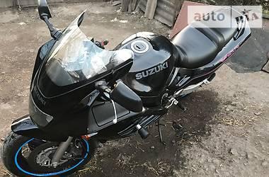 Suzuki RF  1995