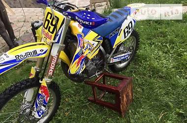Suzuki RM  2003