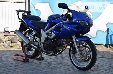 Suzuki SV  2002