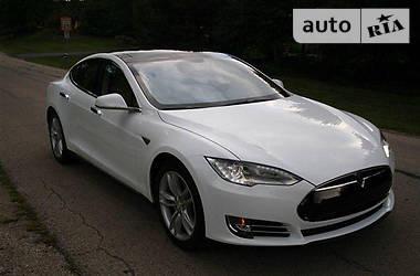 Tesla Model S 60kWt 2013