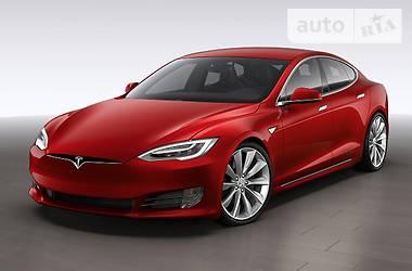 Tesla Model S P100D 2018