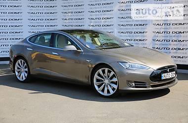 Tesla Model S  70D 4*4 2015