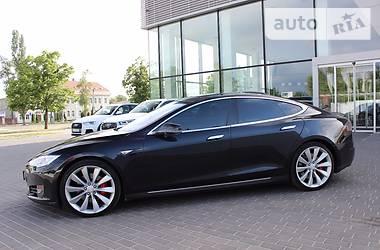 Tesla Model S P85D 2015