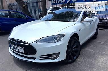 Tesla Model S 70 d AWD 2015