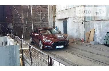 Tesla Model S p85 2012