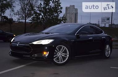 Tesla Model S 90 2015