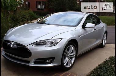 Tesla Model S 85  PERFOMENS 2013