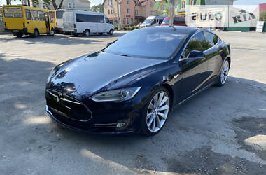 Tesla Model S s85p 2013
