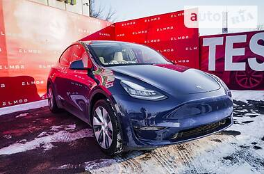 Tesla Model Y Dual Motor 2020