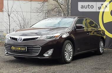 Toyota Avalon XLE Hybrid 2015