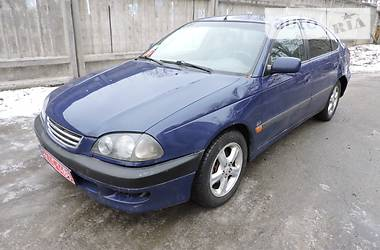 Toyota Avensis automatic 2000