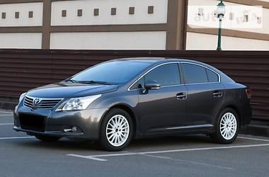 Toyota Avensis  2010