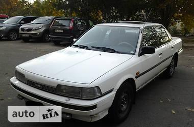 Toyota Camry  1987