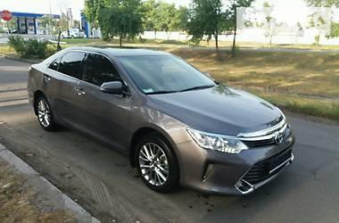 Toyota Camry Premium 2016