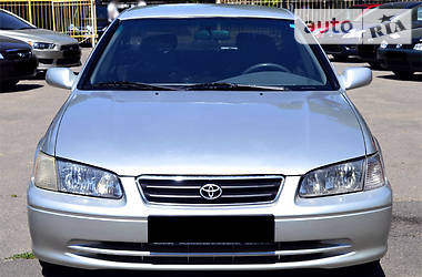 Toyota Camry 2.2АКПП 2000