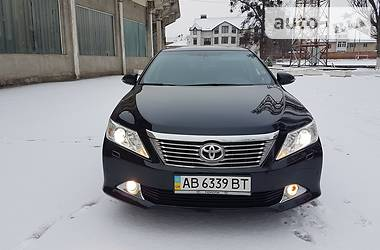 Toyota Camry 2.5 LUX 2012