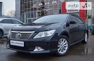 Toyota Camry Elegance 2012