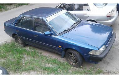 Toyota Carina  1988