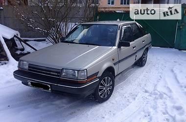 Toyota Carina  1986
