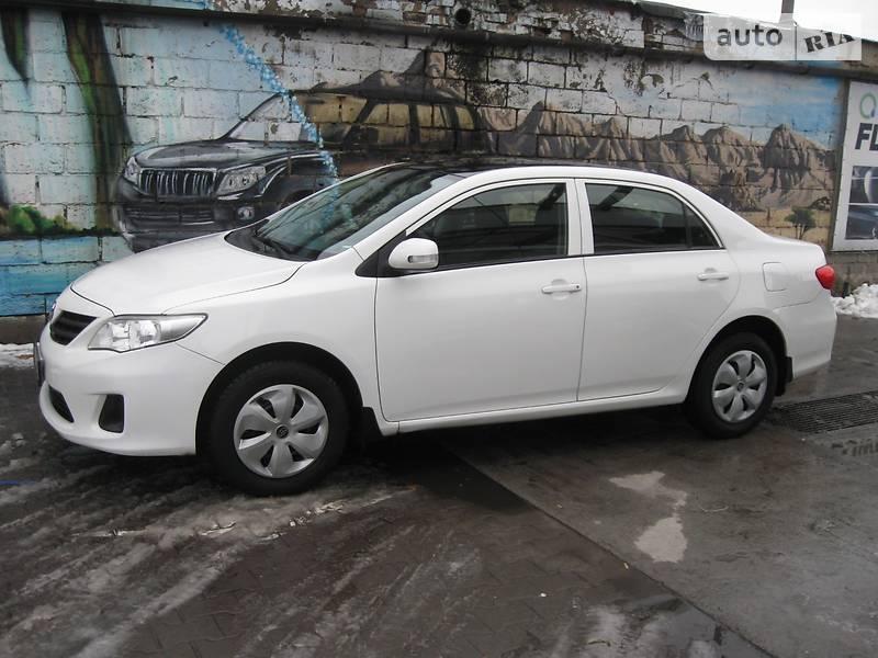 Toyota Corolla 2013 року