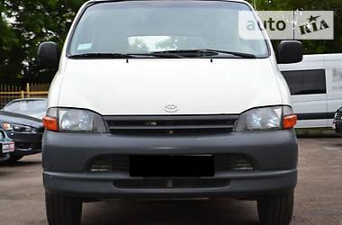 Toyota Hiace пасс. 2.5 2000