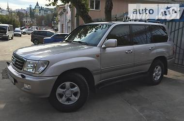 Toyota Land Cruiser 100 Full VIP 2001
