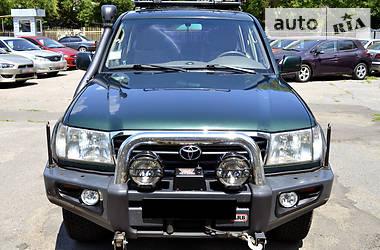 Toyota Land Cruiser 100 4.2   2002