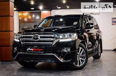 Toyota Land Cruiser 200  2016