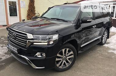 Toyota Land Cruiser 200 EXECUTIVE BLACK 2016