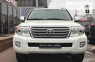 Toyota Land Cruiser 200 7мест 2014
