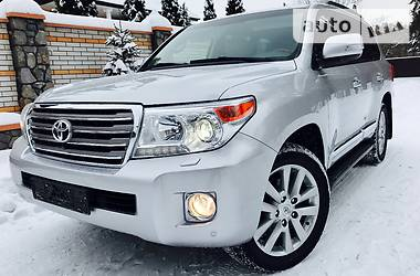Toyota Land Cruiser 200 Max FULL  2013