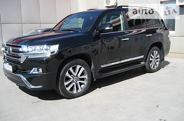 Toyota Land Cruiser 200 2016 2015