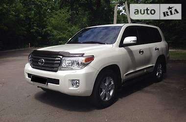 Toyota Land Cruiser 200 Premium 2014