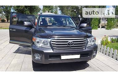 Toyota Land Cruiser 200 4.7 Vip  2014
