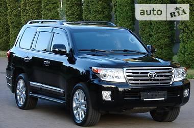 Toyota Land Cruiser 200  DIESEL 2014
