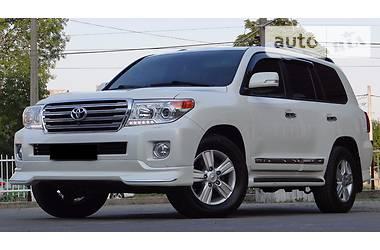 Toyota Land Cruiser 200 Diesel Oficcial 2014