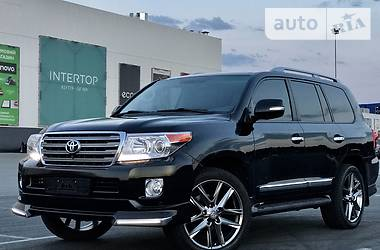 Toyota Land Cruiser 200  2013
