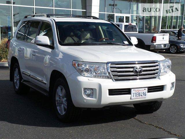 Toyota Land Cruiser 2012 года