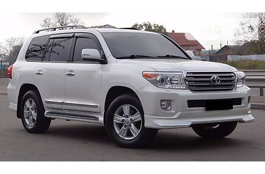 Toyota Land Cruiser 200 SPORT 2014