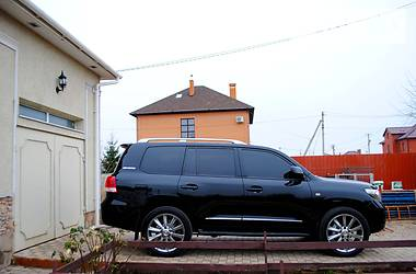 Toyota Land Cruiser 200 TURBO DISIEL 2012