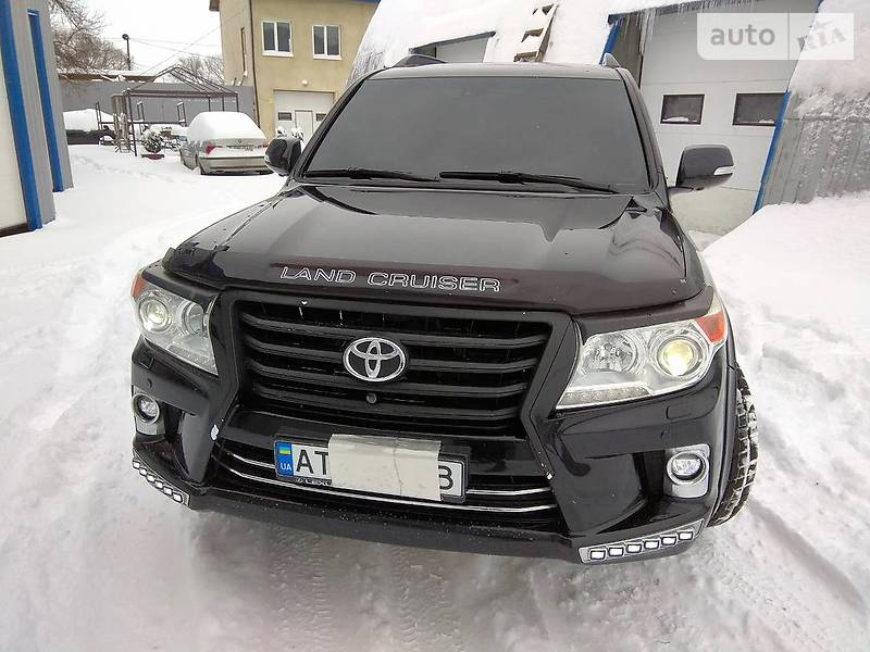 Toyota Land Cruiser 2012 року