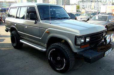 Toyota Land Cruiser 60  1989