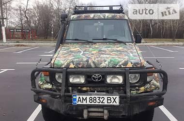 Toyota Land Cruiser 70  2006